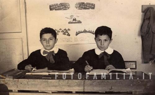 Ott 1956 ricordo di scuola dei gemelli fusco scheda - Gemelli diversi foto ricordo ...