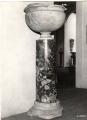 vaso e fusto di colonna